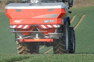 KUHN FERTILISER SPREADERS