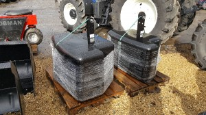 FRONT LINKAGE TRACTOR WEIGHTS